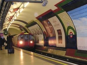 Safety First: ขึ้น Tube อย่างไรให้ปลอดภัย